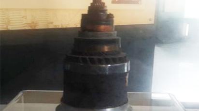 (一八四五年)世界上第一条铠装海底电缆